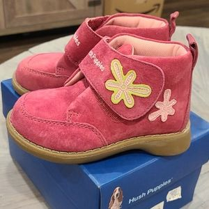 NIB Pink Hush Puppies suede/leather boots